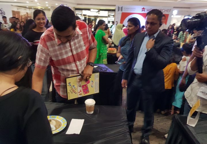 Culinary Enthusiasts of Mumbai Showcase Culinary Skills to Chef Sanjeev Kapoor